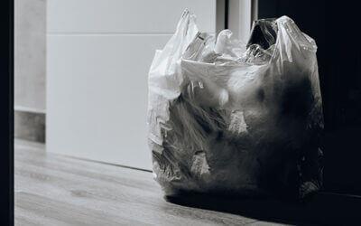 Las bolsas de plástico llegan a su fin en 2021